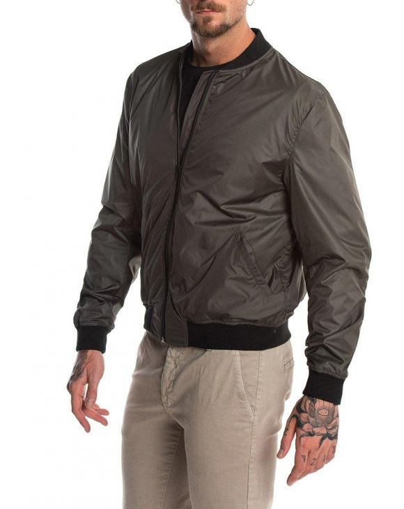 WALKER BOMBER JACKET IN ARMY GREEN