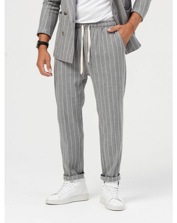 ALBUS CASUAL PANTS IN STRIPED GREY