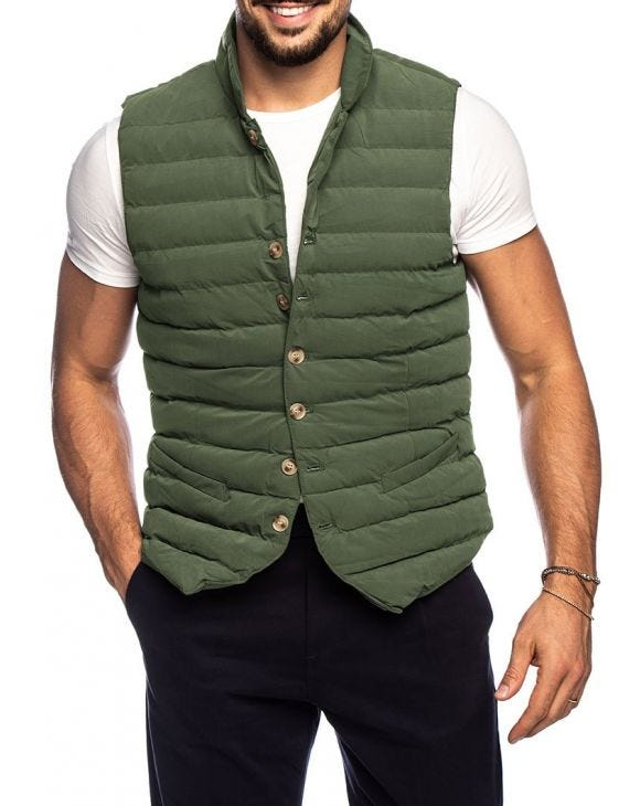 LEWIS VEST IN BOTTLE GREEN