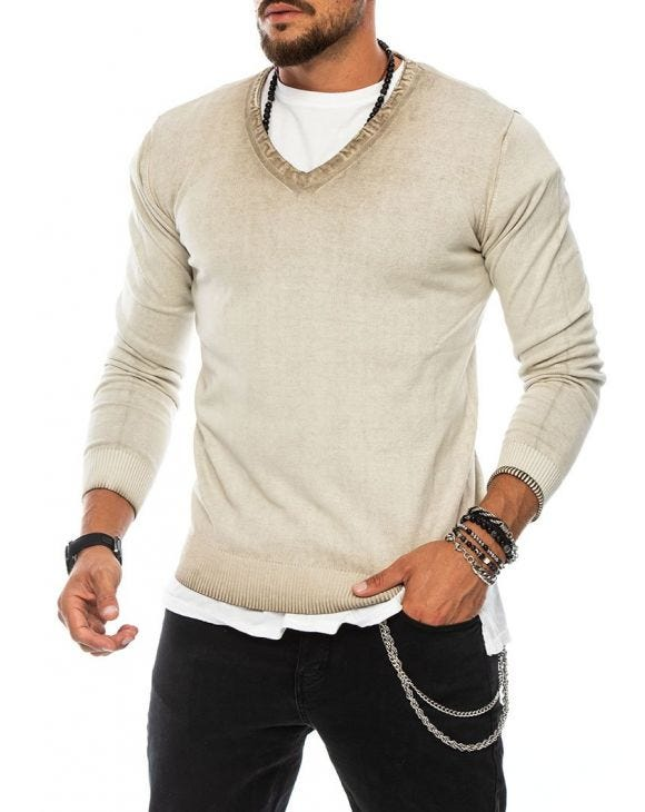 ALMOND V-NECK SWEATER IN BEIGE