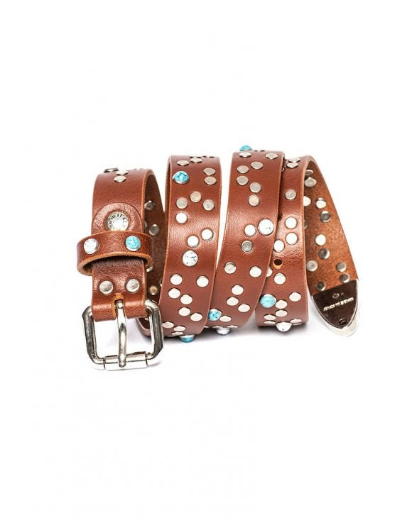 STUDDED LEATHER BELT IN BROWN