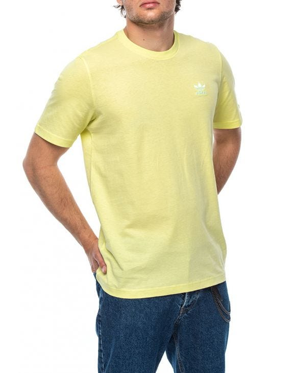 ESSENTIAL TEE IN LIME