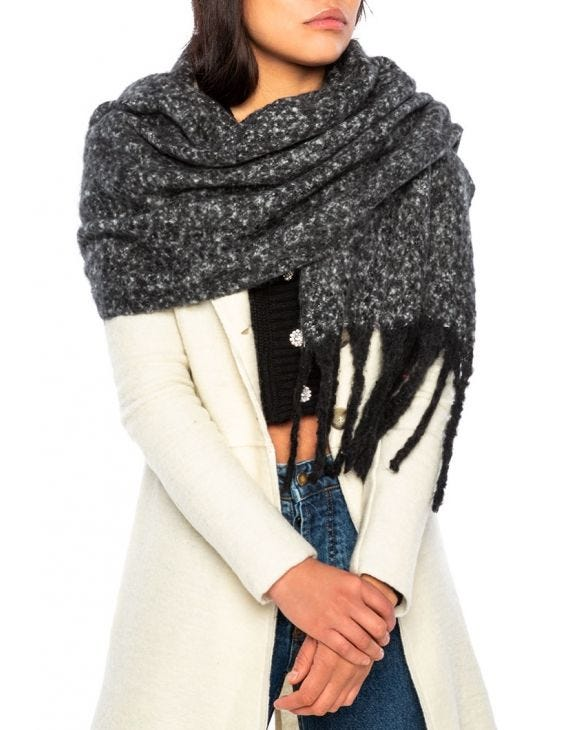 THEA SCARF IN BLACK