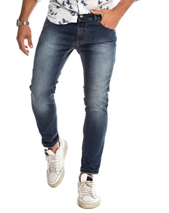 DAVIS SLIM JEANS IN LIGHT BLUE