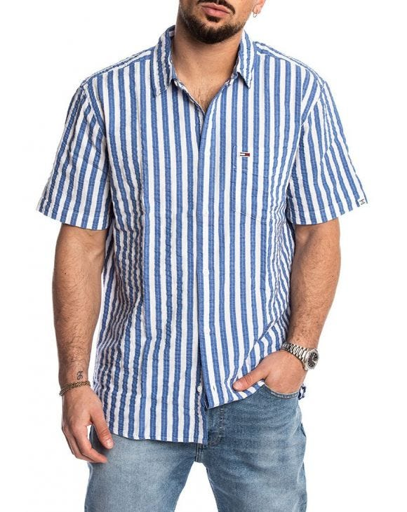 TJM SEERSUCKER STRIPED SHIRT IN LIGHT BLUE