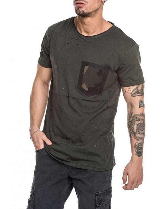T-SHIRT CON PATCH VERDE
