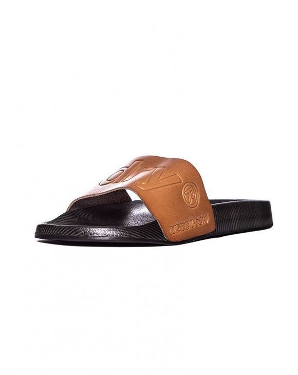 LEATHER BEACH SANDALS IN TOBACCO