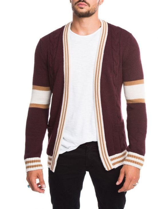 CABLE KNIT CARDIGAN IN BORDEAUX
