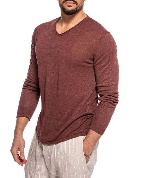 MAZIAH LONG SLEEVED T-SHIRT IN BRICK RED