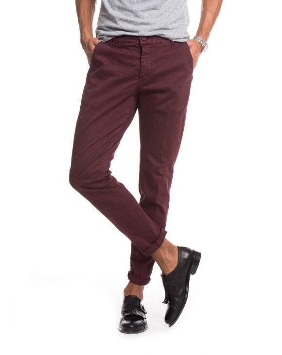 PANTALONI CHINO IN BORDEAUX