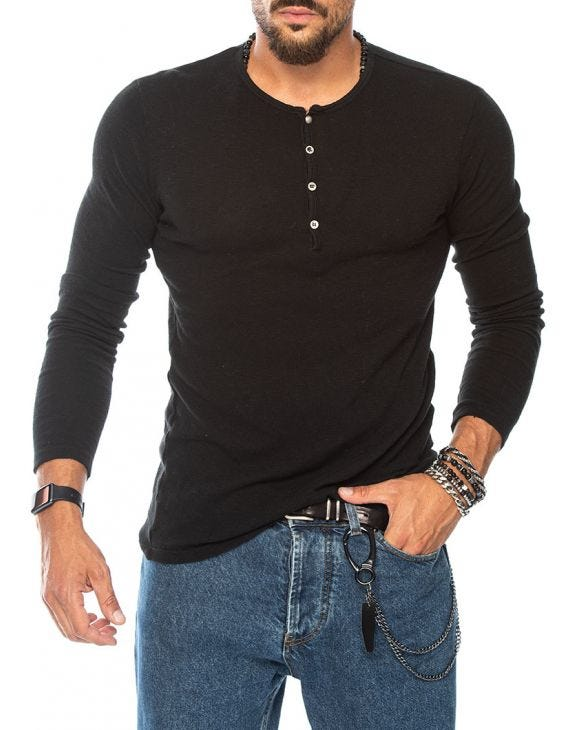FRASER HENLEY T-SHIRT IN BLACK