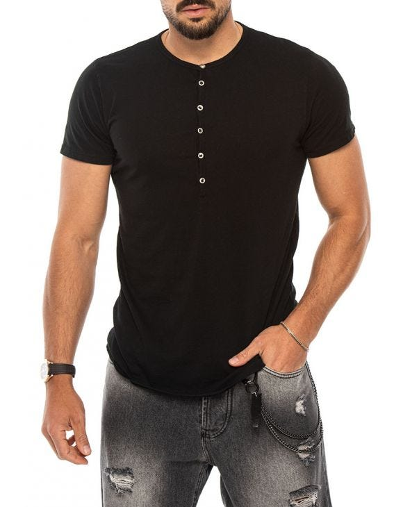 LUCAS HENLEY T-SHIRT IN BLACK