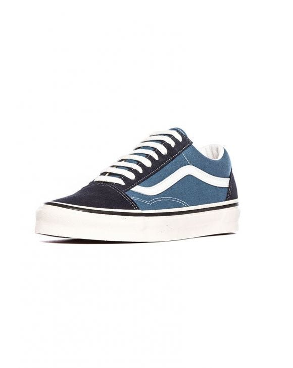 UA OLD SKOOL 36 DX ZAPATILLAS EN AZUL Y NEGRO