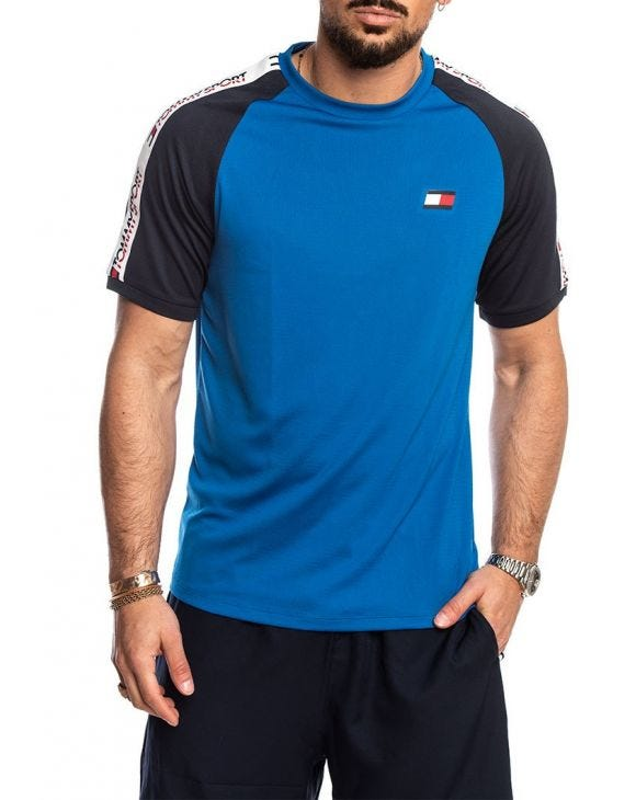 TOMMY SPORT T-SHIRT IN BLAU MIT COLOR BLOCK