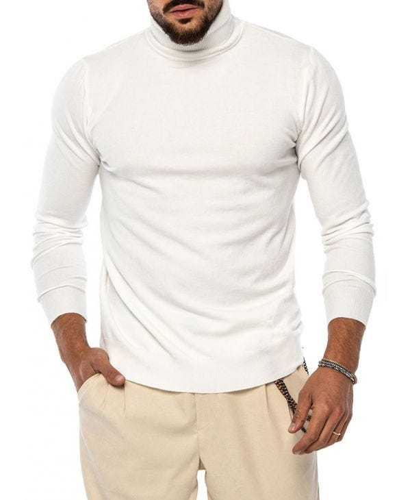 LARRIE ROLLNECK SWEATER IN CREAM
