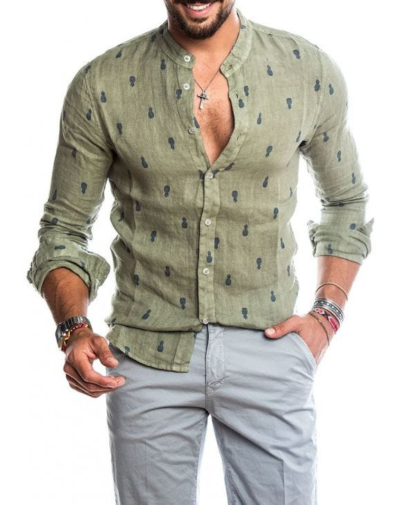 PINEAPPLE SHIRT IN FOREST GREEN