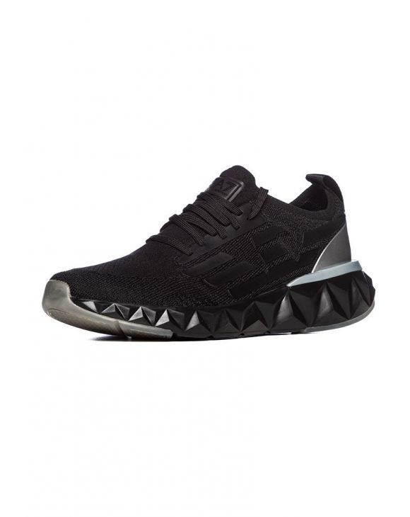EA7 SNEAKERS IN BLACK AND GREY