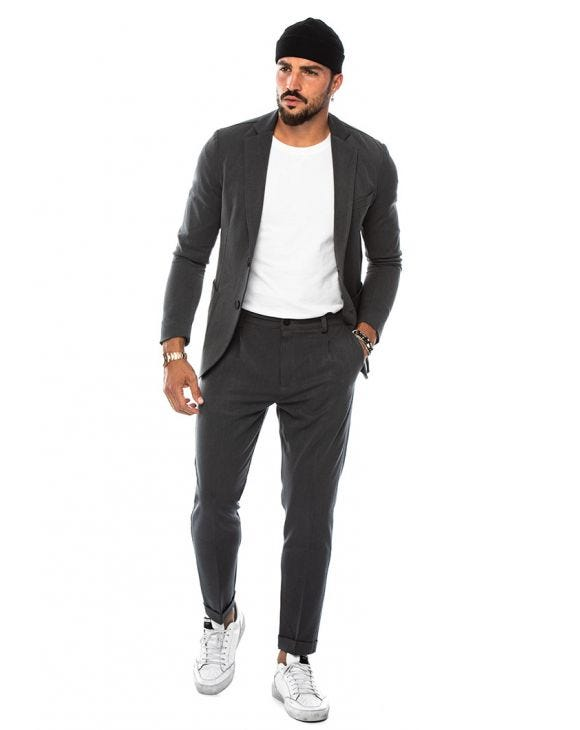 STUART SINGLE BREASTED SUIT IN LIGHT GREY