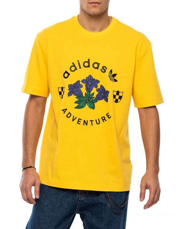 ADVENTURE GRAPHIC T-SHIRT IN GELB