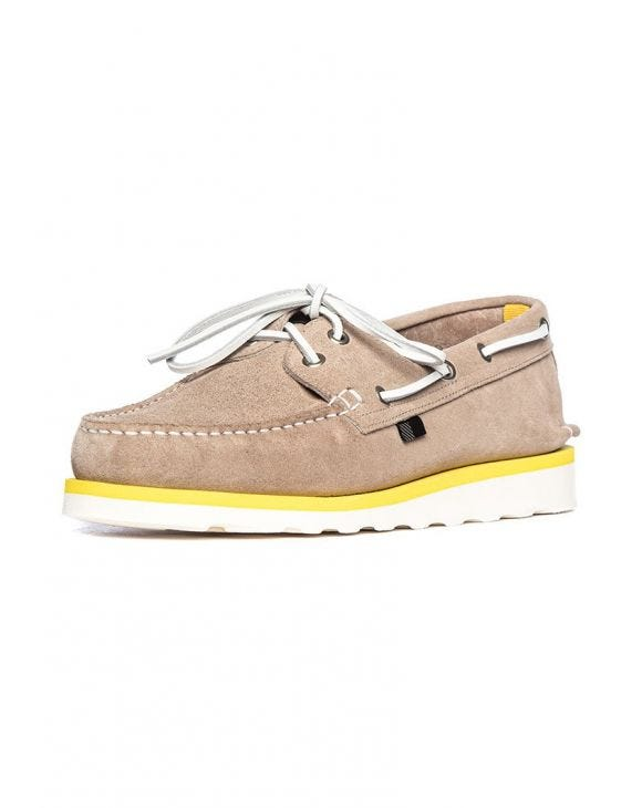BOAT SHOE IN BEIGE