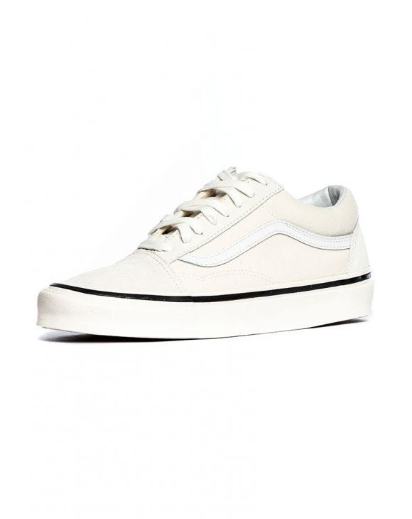 UA OLD SKOOL 36 DX EN CREMA