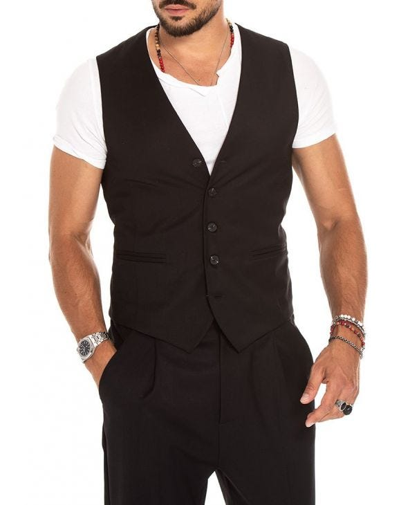 CADE VEST IN BLACK
