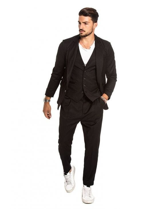 CADE SINGLE BREASTED SUIT IN BLACK