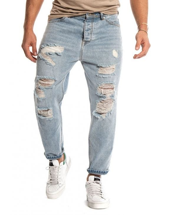 KEVIN DISTRESSED JEANS IN LIGHT BLUE