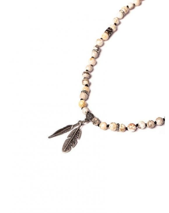 YONI BEIGE NECKLACE